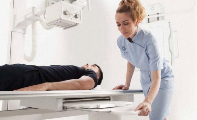 Digitales Röntgen VISION V Röntgensystem mit Bucky Tisch und Rasterwandstativ Direktradiographie Röntgen Geräte