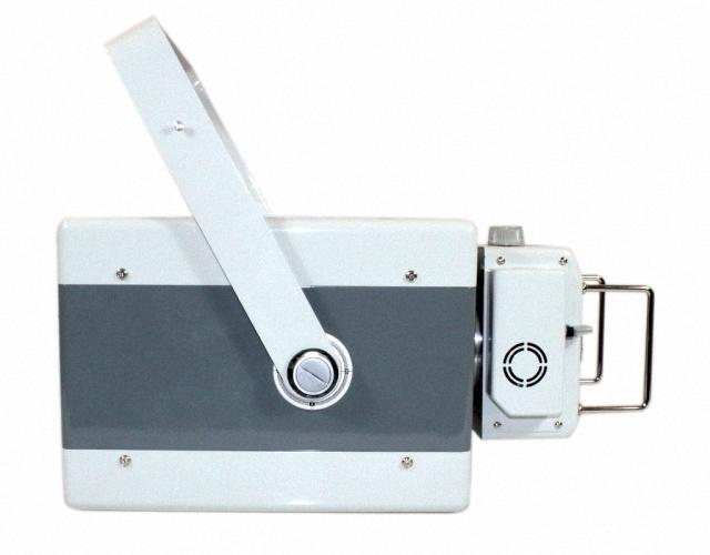 meX 100 tragbarer Röntgengenerator Mobile Röntgengeräte Tiermedizin Transportables Röntgen